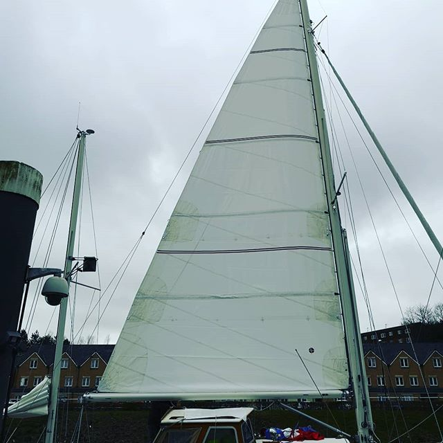 Spring has sprung and its time for new sails!!! Take a bit of time to admire this lovely new sail by Ullman sails. #penarthcovers #ullmansails  #spring  #newsails