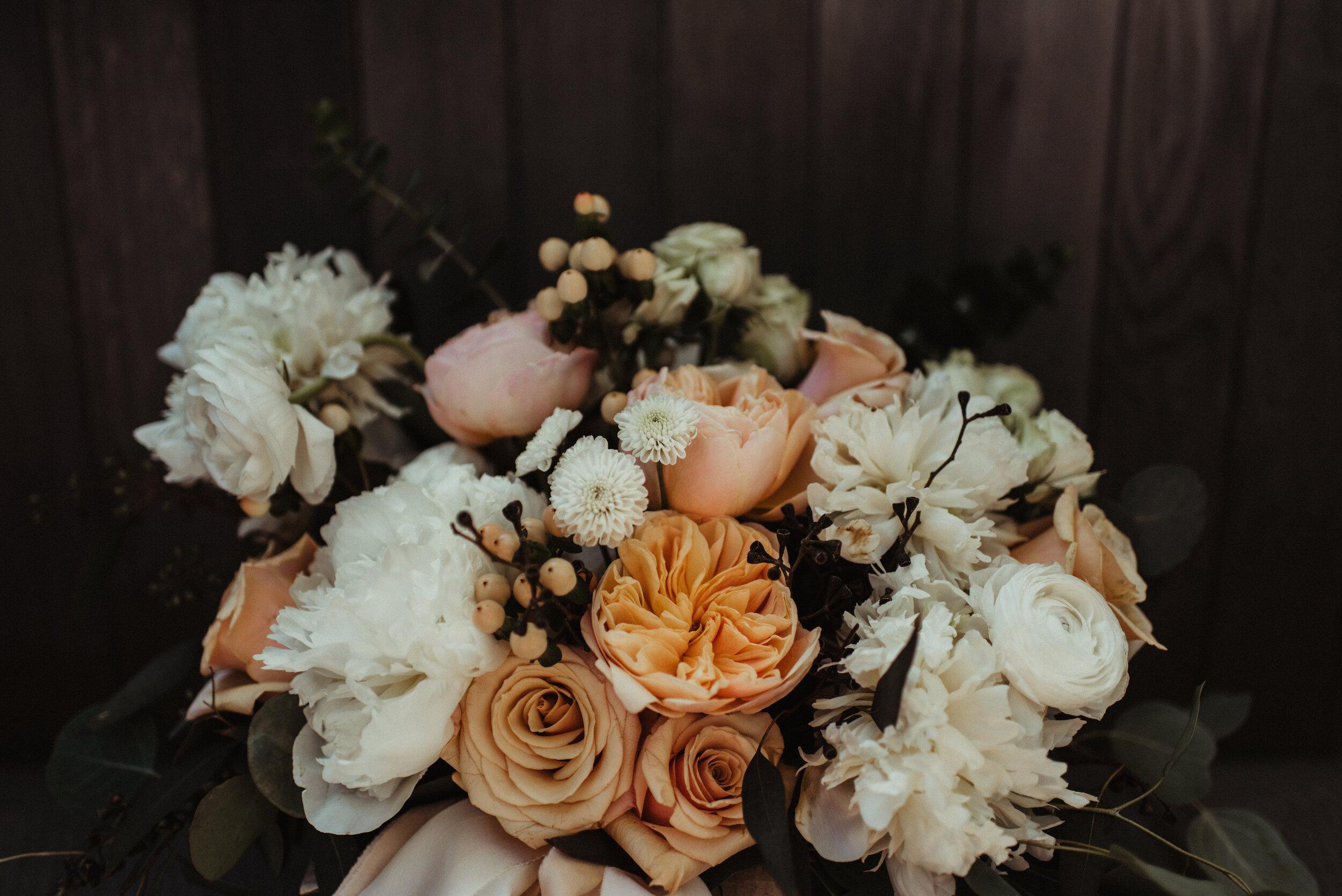 Calgary Wedding Flowers Florist Pine For Cedar Neutral Boho Inglewood Wedding