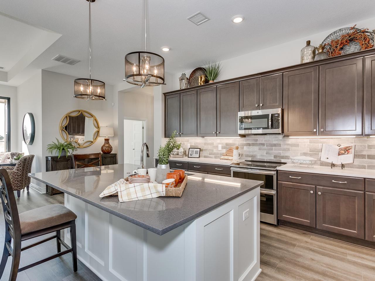 3844 Brush Creek St Wichita KS-013-15-Kitchen-MLS_Size.jpg