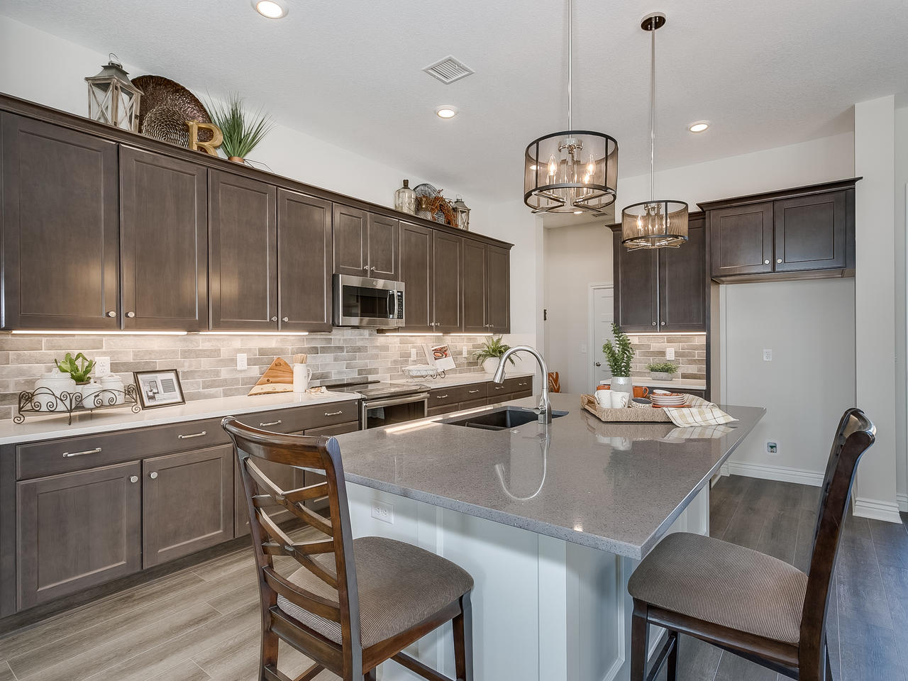 3844 Brush Creek St Wichita KS-012-5-Kitchen-MLS_Size.jpg