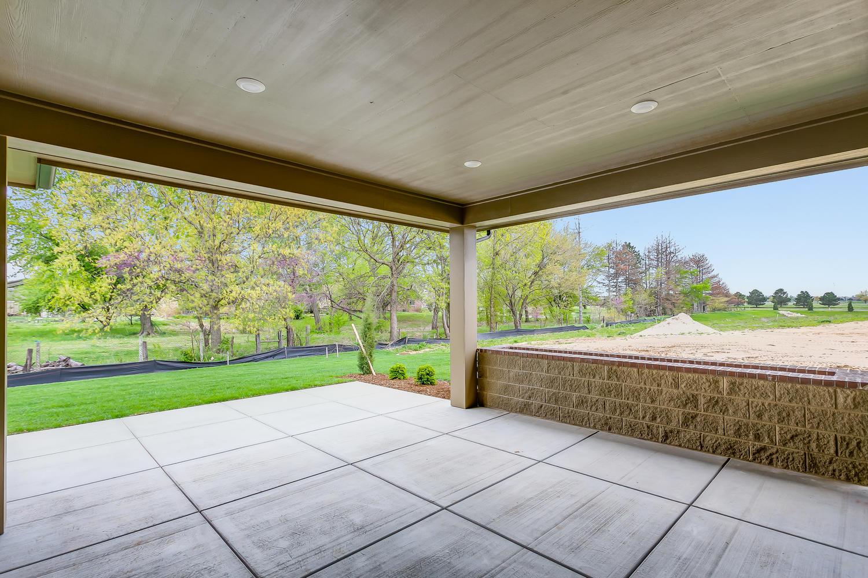3844 Brush Creek St Wichita KS-large-032-36-Outdoor Living Area-1500x1000-72dpi.jpg