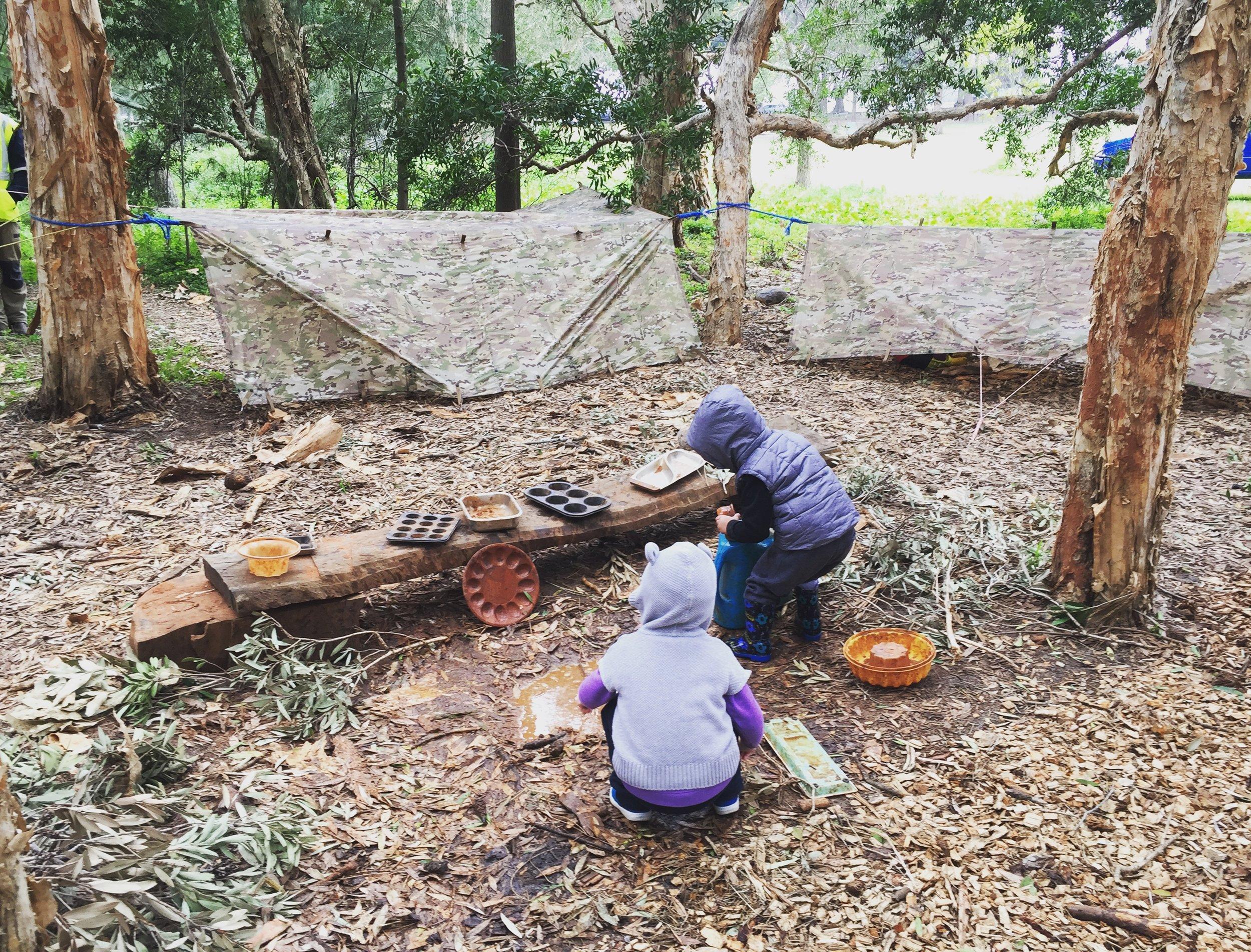 barefoot wellbeing - bush school kids - sydney australia - nature connect - mindfulness - movement - yoga - nature walks- Louise Kiddell.JPG