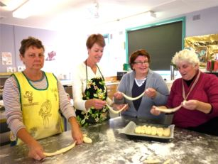 From left to right, the helpers are Helen Hickey, Di McDermott, Del Garrett and Jenny Kuemmel