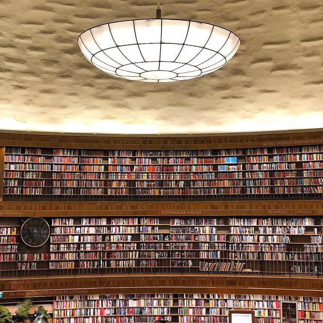 360 degrees of 📚 in the rotunda of stockholm's public library, designed by gunnar asplund in 1928