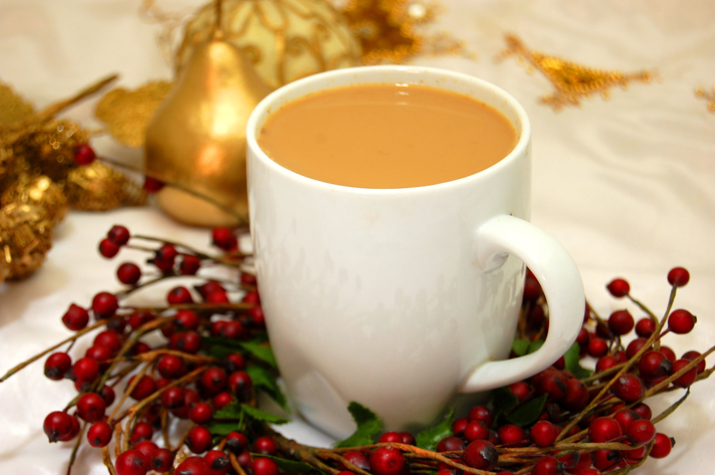 CHRISTMAS CHAI - (Made with Arvinda's Christmas Chai Masala)Celebrate the holiday season with a decadent jolly cup of Masala Chai with notes of cinnamon, cloves and orange. It's the perfect beverage to warm up with after a day of winter fun or besides the fireplace with loved ones. We like it sweetened with sugar so it's decadent enough to be served as a dessert beverage after a delicious meal.