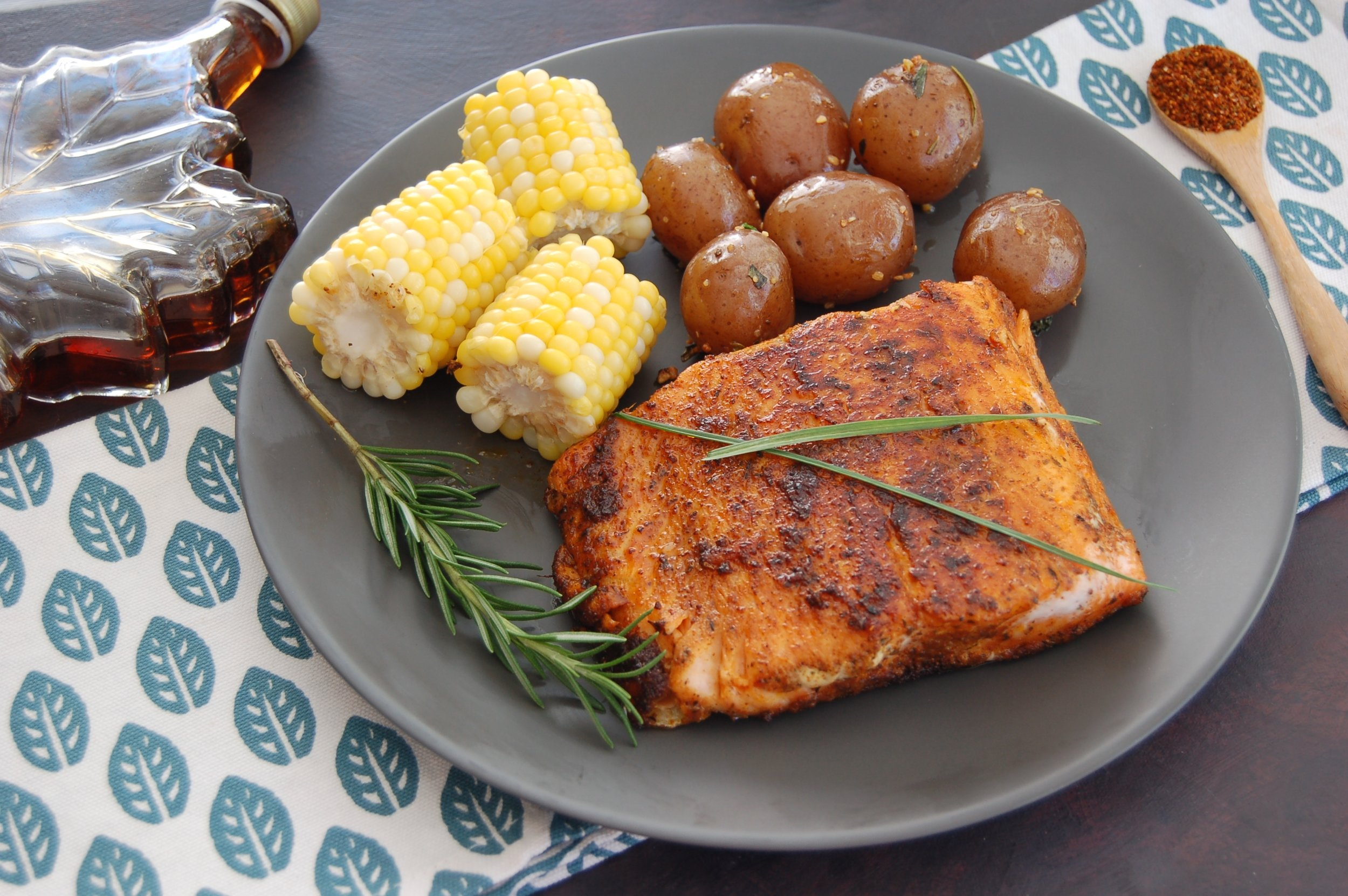MAPLE GLAZED TANDOORI SALMON - {Made with Arvinda's Tandoori Masala}A classic combination of pairing salmon with the sweetness of caramelized Canadian maple syrup. And here's the Indian twist...with a spicy bite of Arvinda's Tandoori Masala.