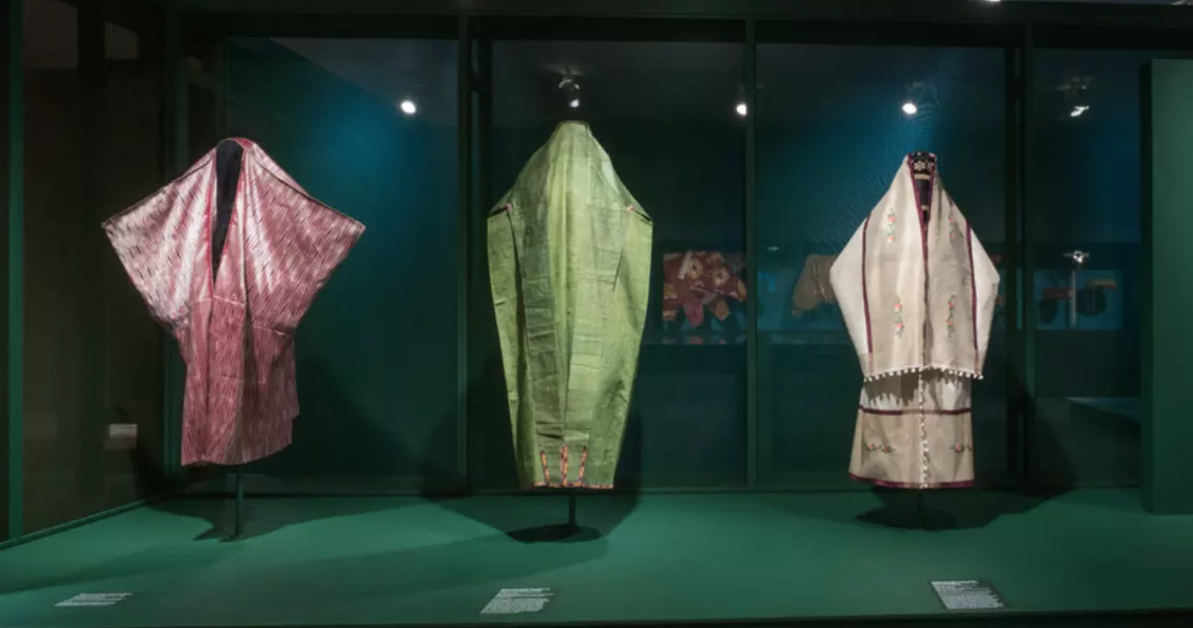 Installation view of the exhibition  Veiled Meanings: Fashioning Jewish Dress, from the Collection of The Israel Museum, Jerusalem . November 3, 2017 - March 18, 2018. Photo by: Jason Mandella