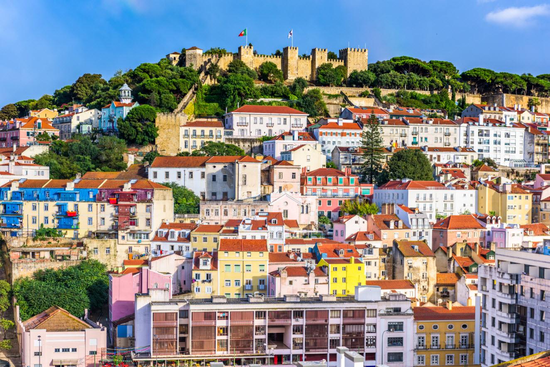 lisbon-portugal-skyline-PNL9M3N.jpg