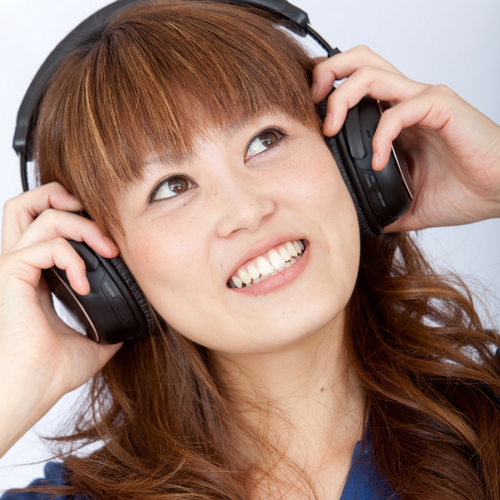 Audio is formatted in mono so both you and your cohost can be heard in both ears of your listeners.