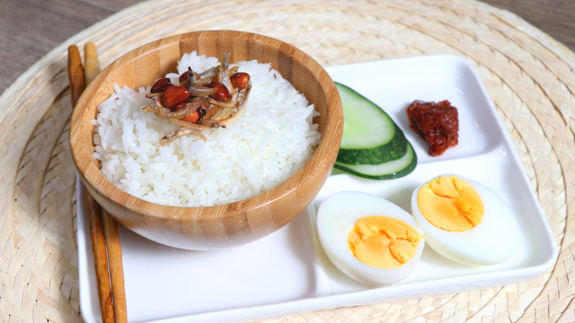 two-bad-chefs-coconut-rice-dish-01.jpg