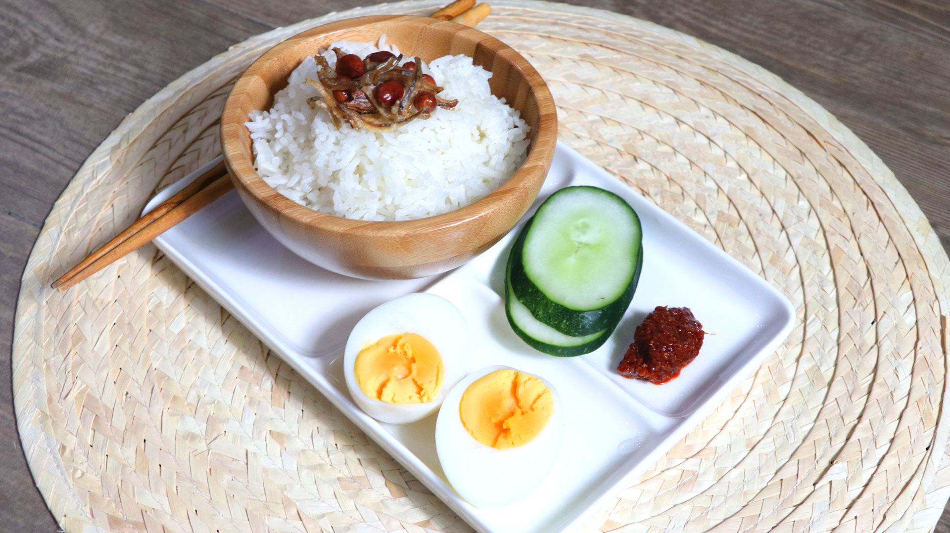 two-bad-chefs-coconut-rice-dish-02.jpg