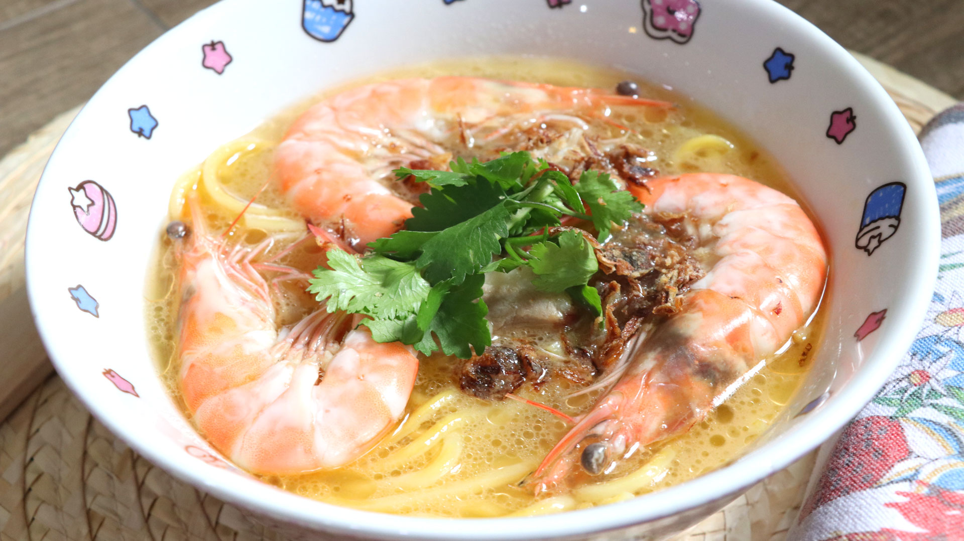 two-bad-chefs-prawn-noodle-dish-01.jpg