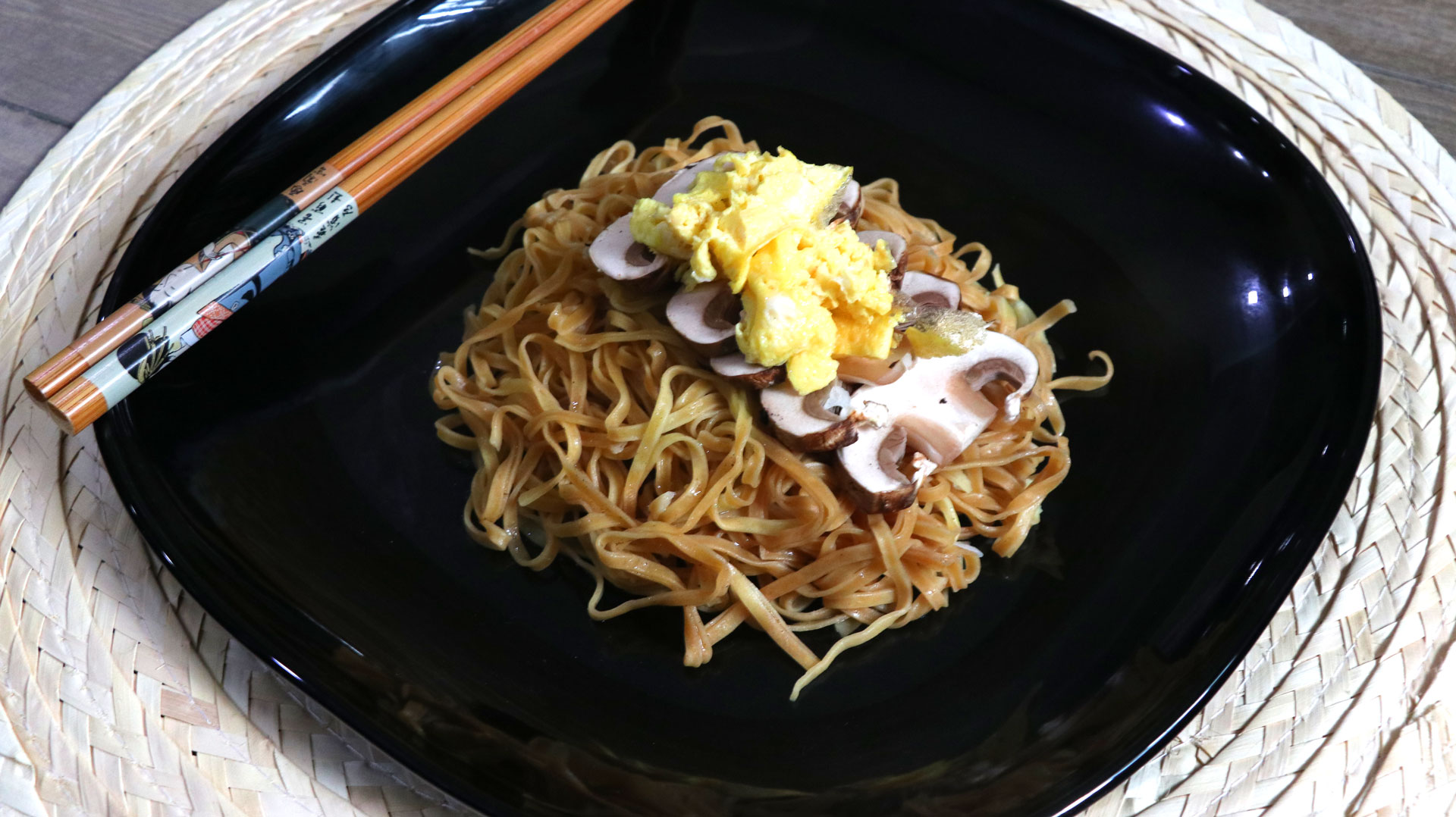 two-bad-chefs-mushroom-noodles-dish-02.jpg