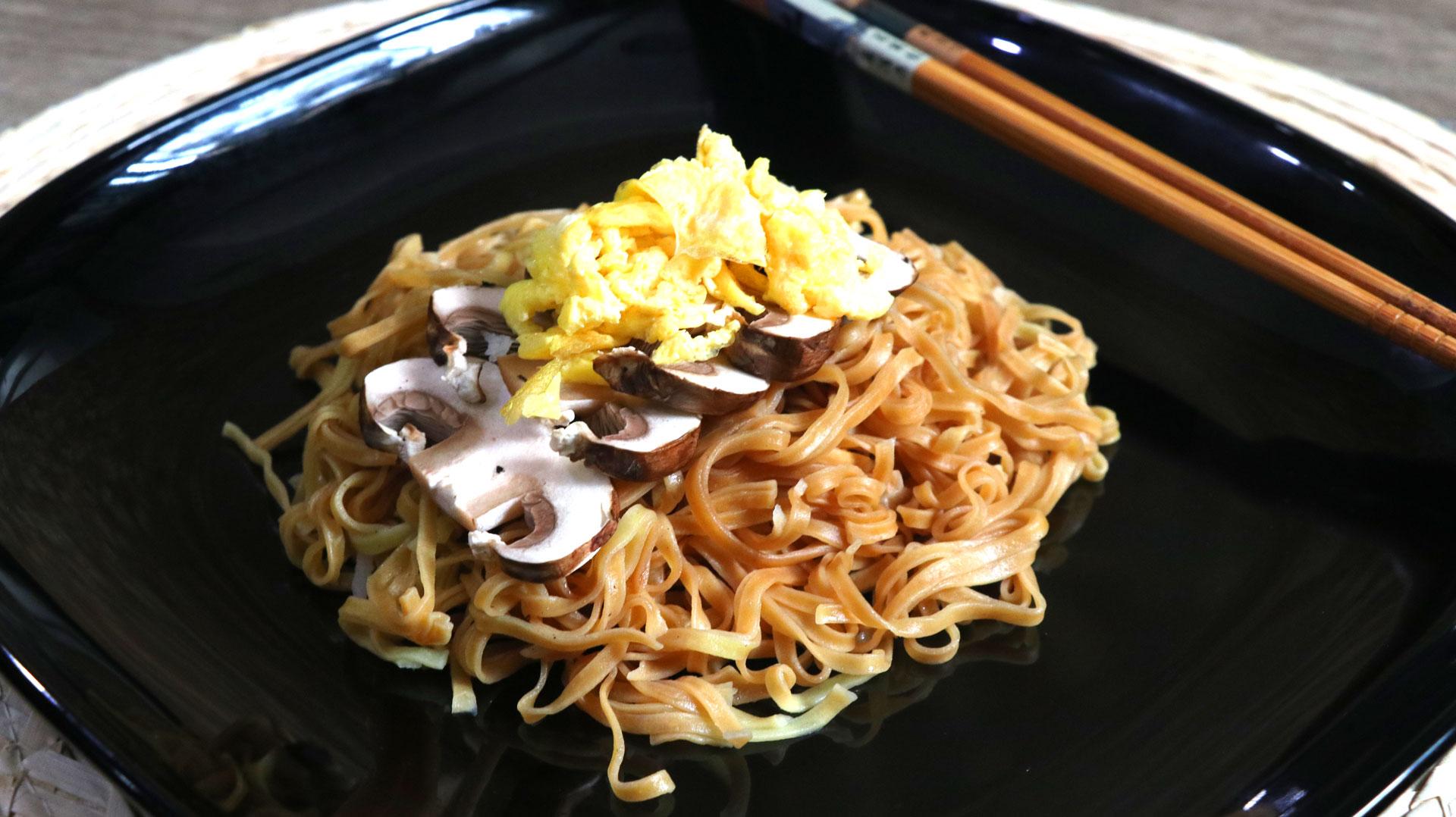two-bad-chefs-mushroom-noodles-dish-03.jpg