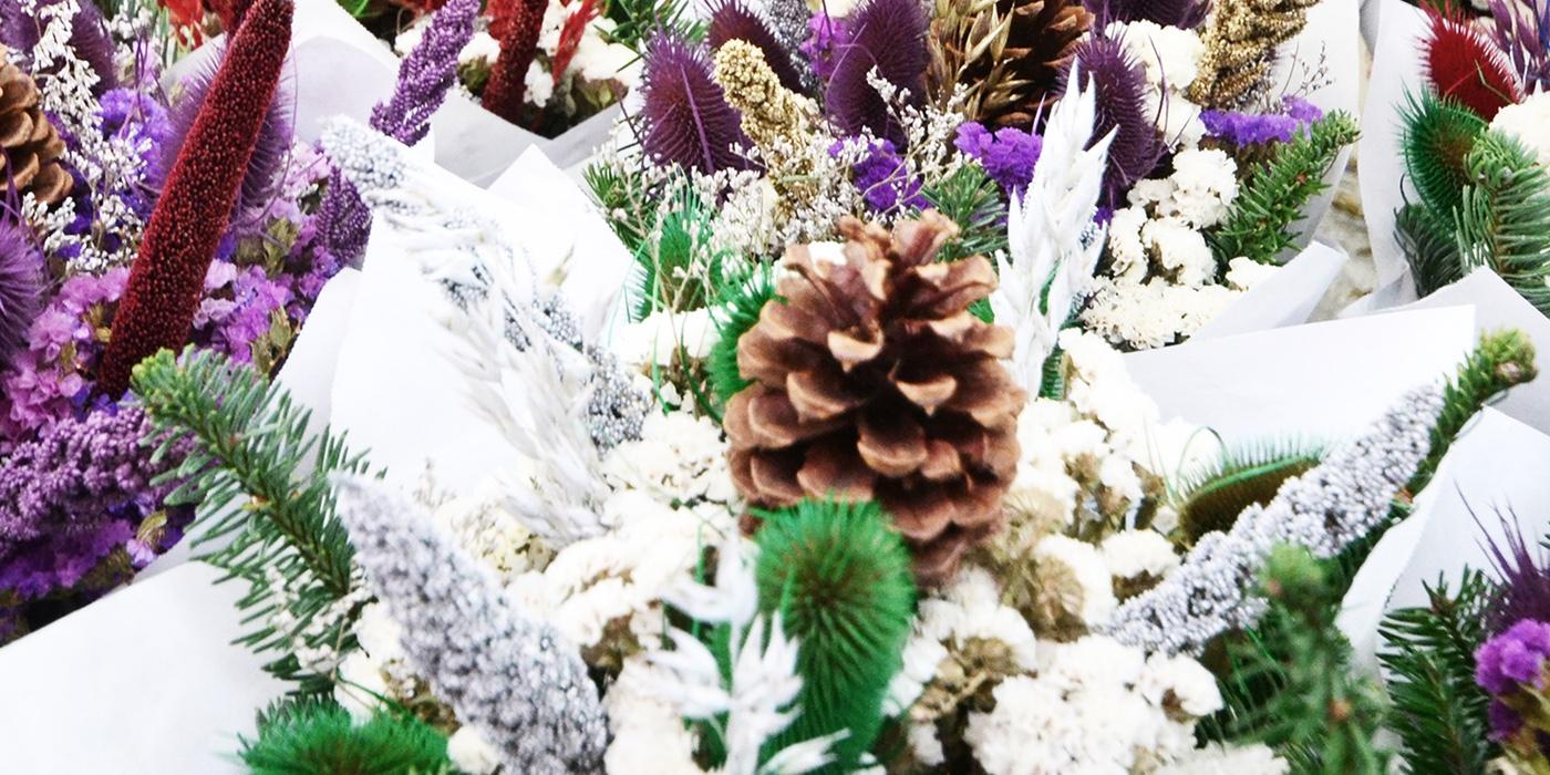 Edmonds_Holidays_Market_Bouquet.jpg