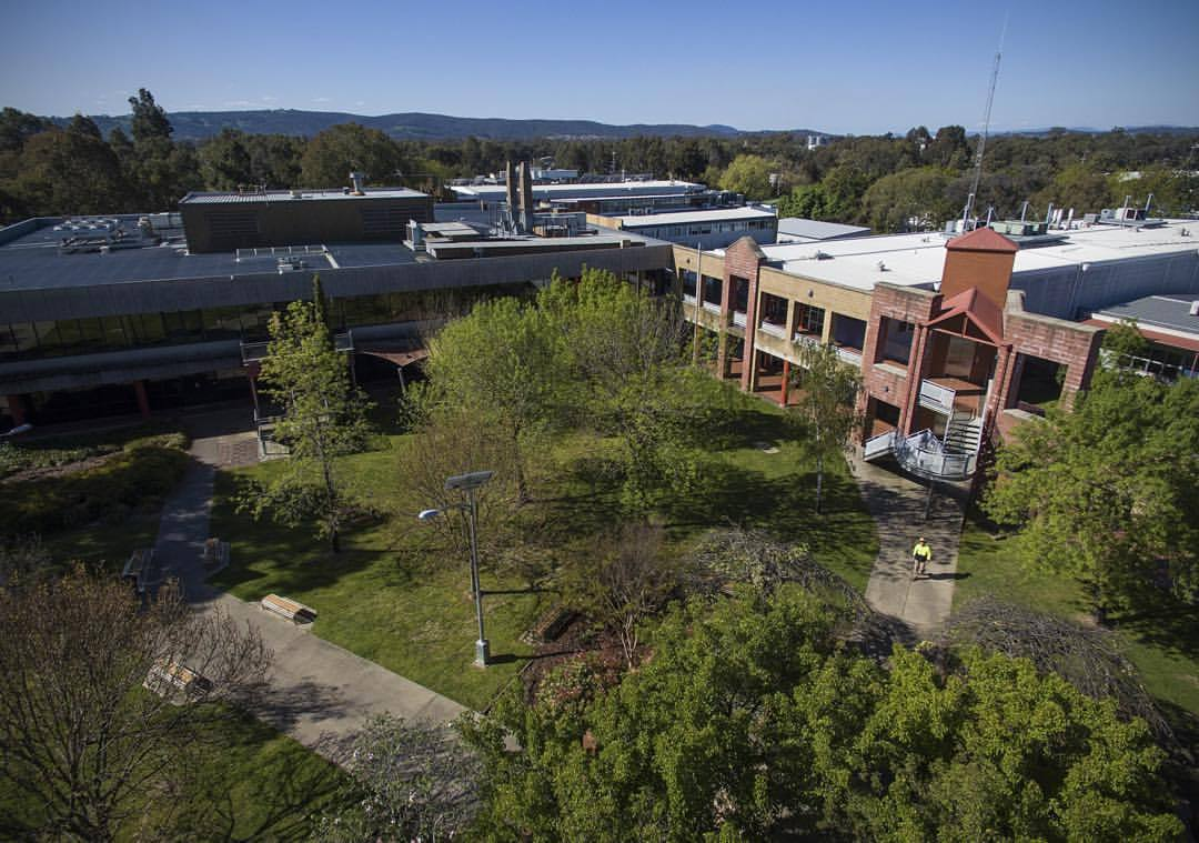 I got high at #Wodonga TAFE today.   Props to Tim Sigmund, one of the few truly legit drone-rs. Google him, and you can get high safely, too.