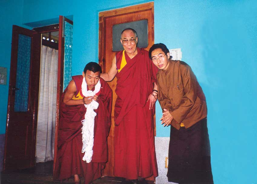 Lelung-Rinpoche-with-H.H.-The-Dalai-Lama-2.jpg