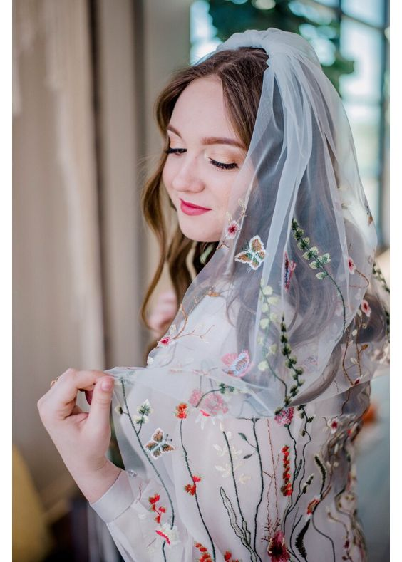 Wedding Hair Inspo Floral Veil Singapore.jpeg