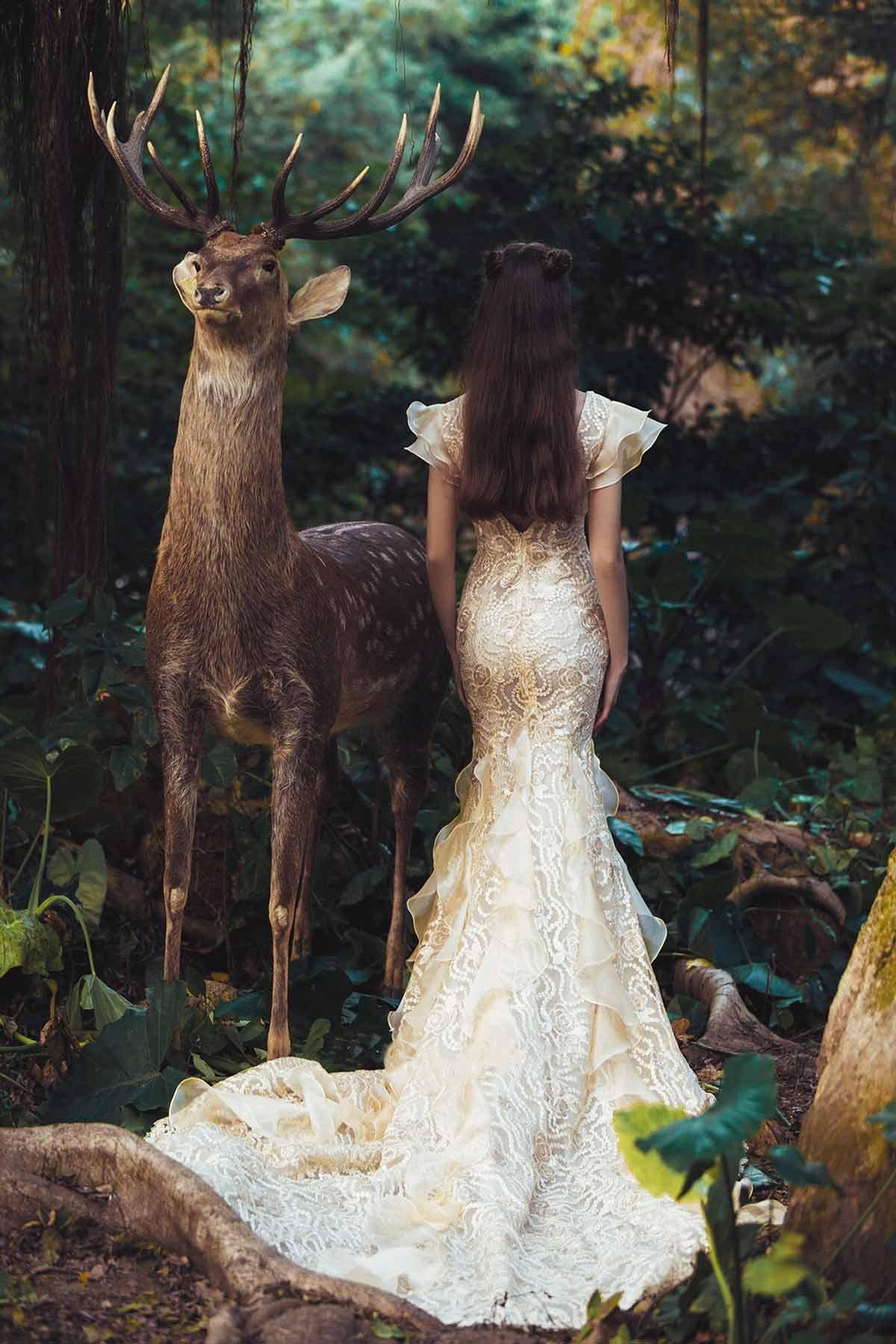 champagne-plunging-back-mermaid-wedding-dress.jpg