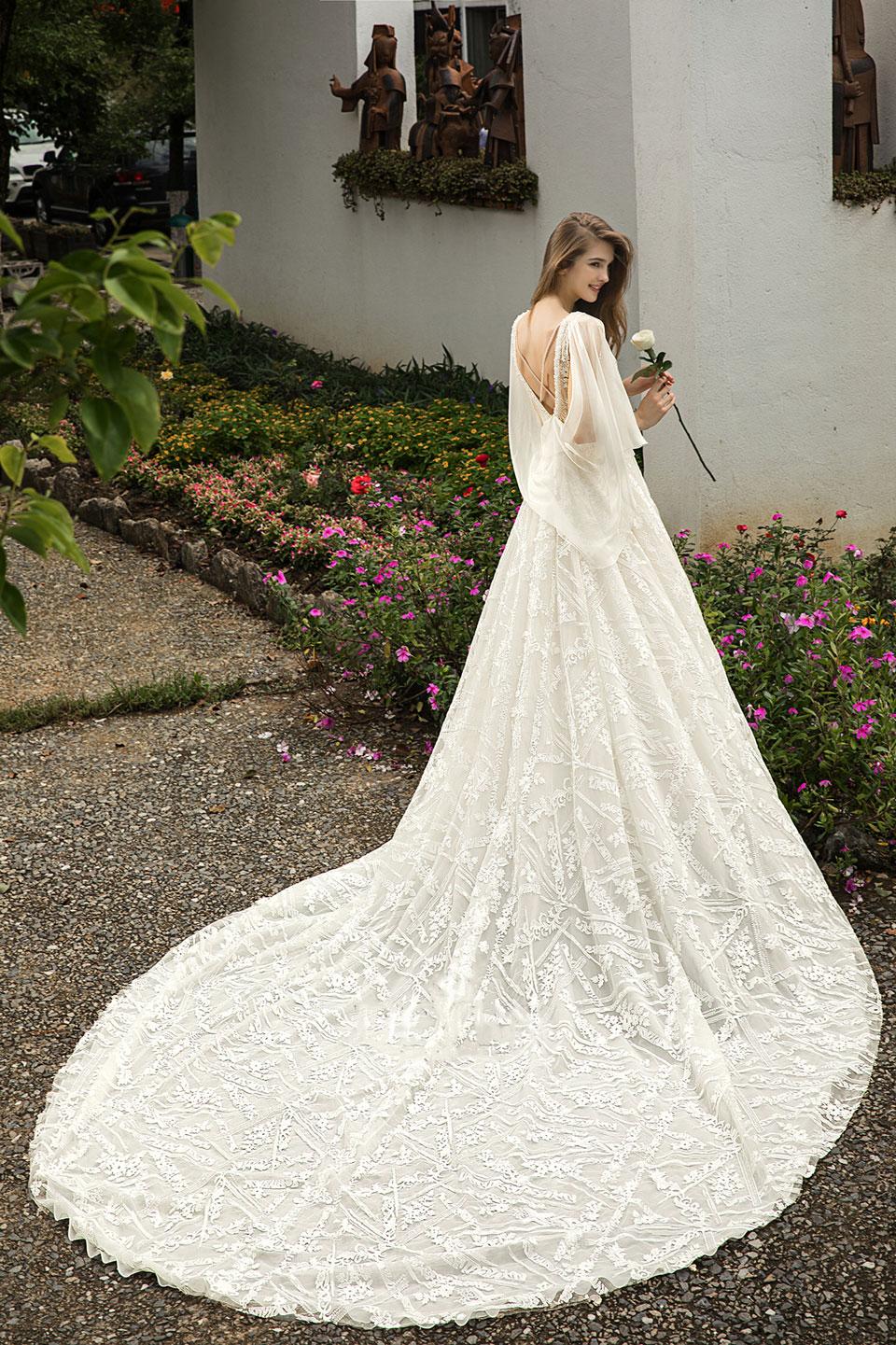 backless-wedding-dress-cape.jpg