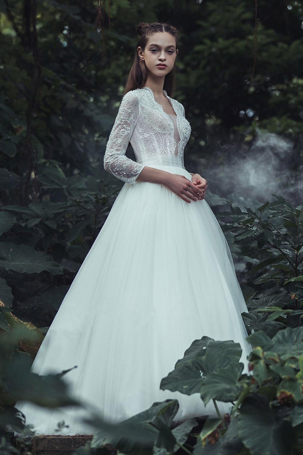 long-sleeve-a-line-wedding-dress.jpg