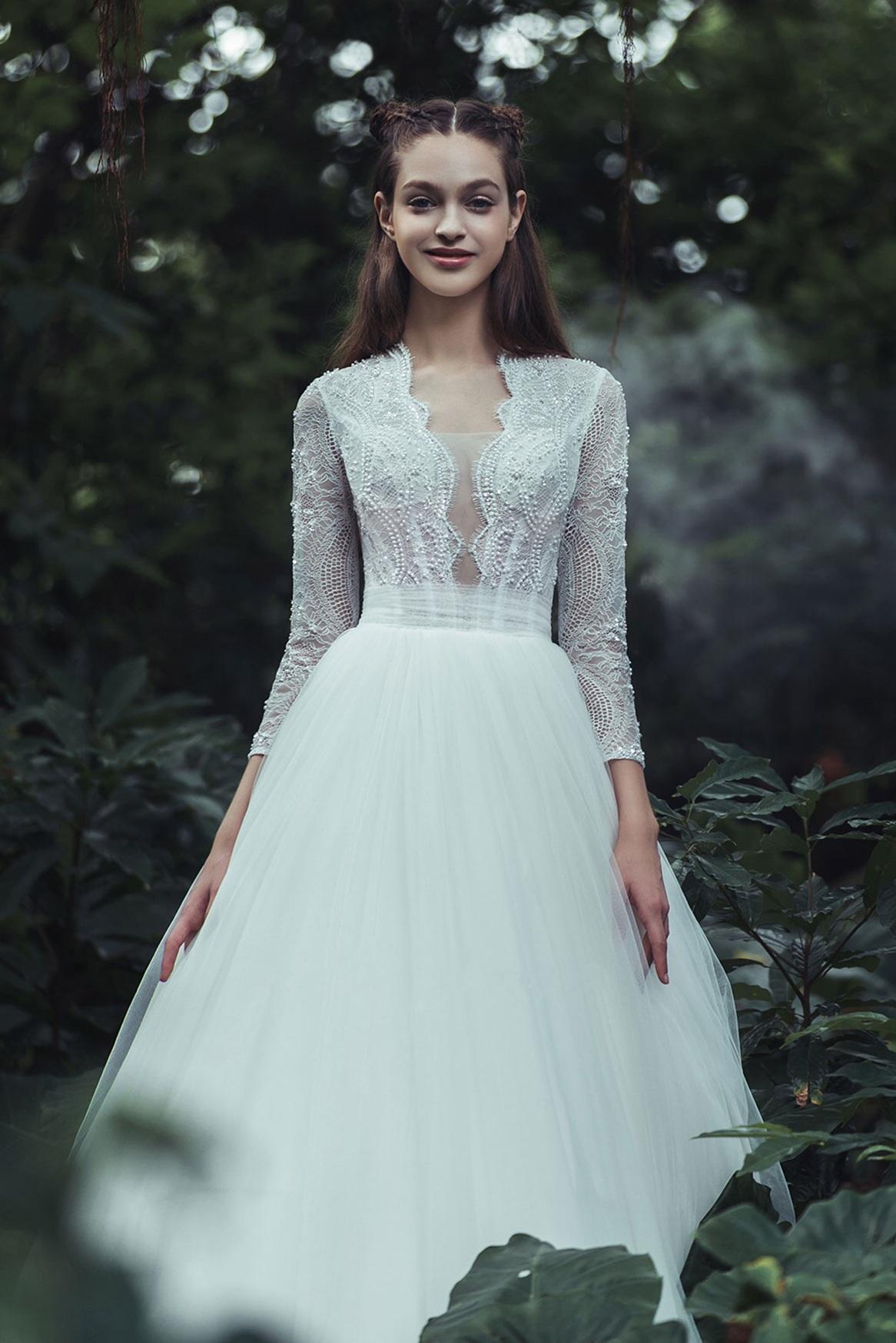 long-sleeve-scallop-lace-trim-a-line-wedding-dress.jpg