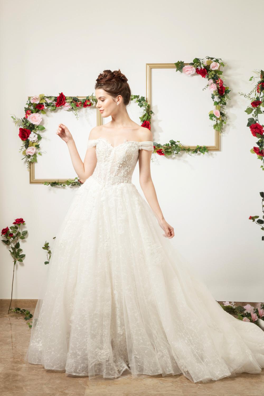 Off the shoulder A line wedding dress by CCM Wedding