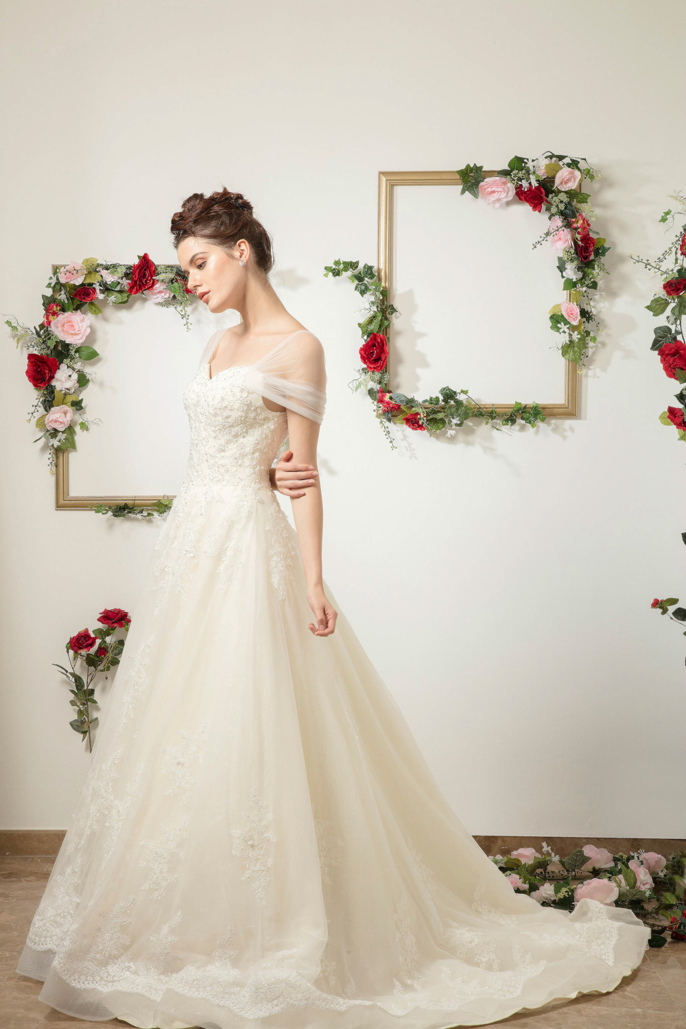 Cap sleeve wedding dress by CCM Wedding