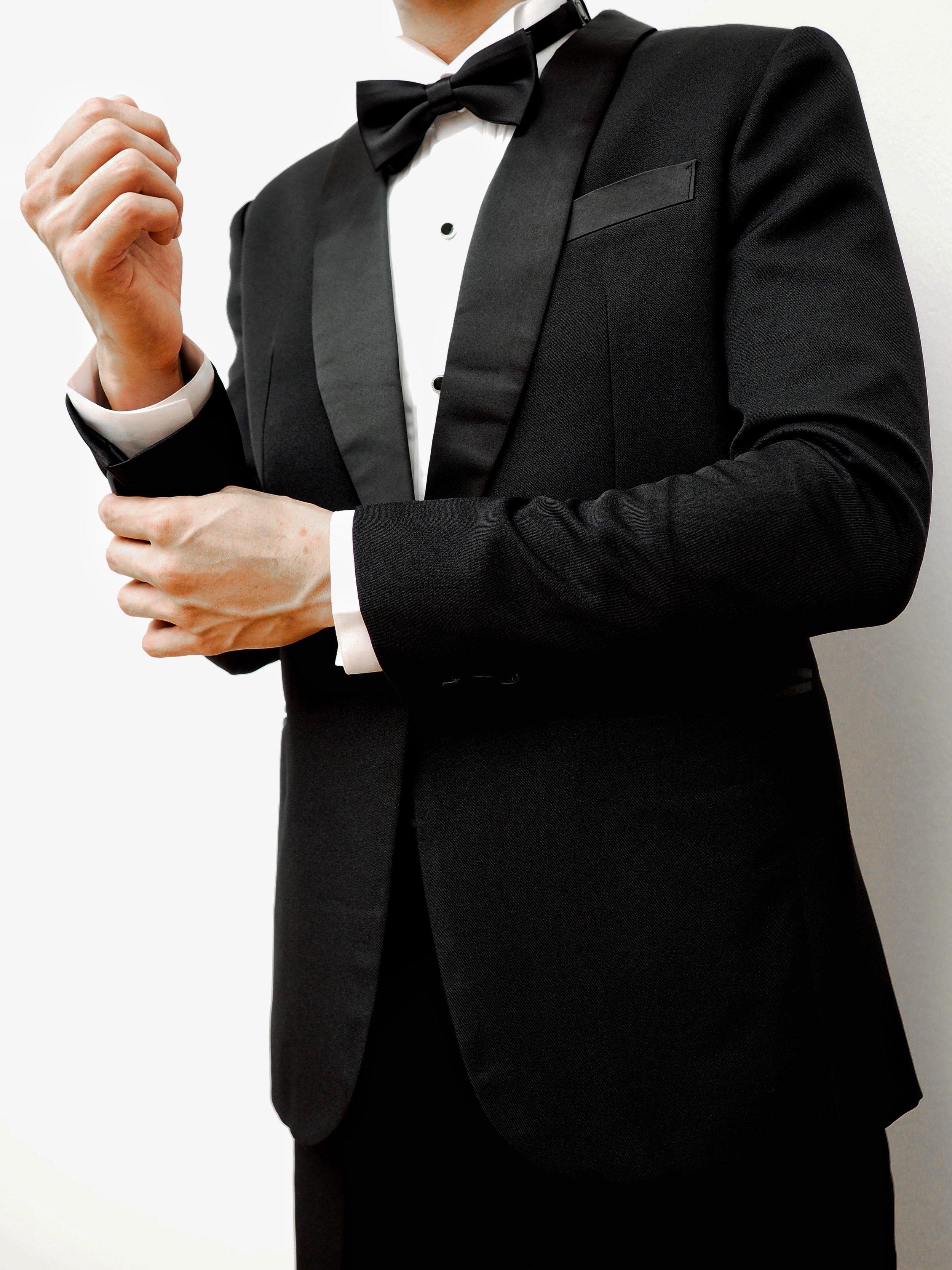 Satin lapels on classic black tux by CCM Wedding