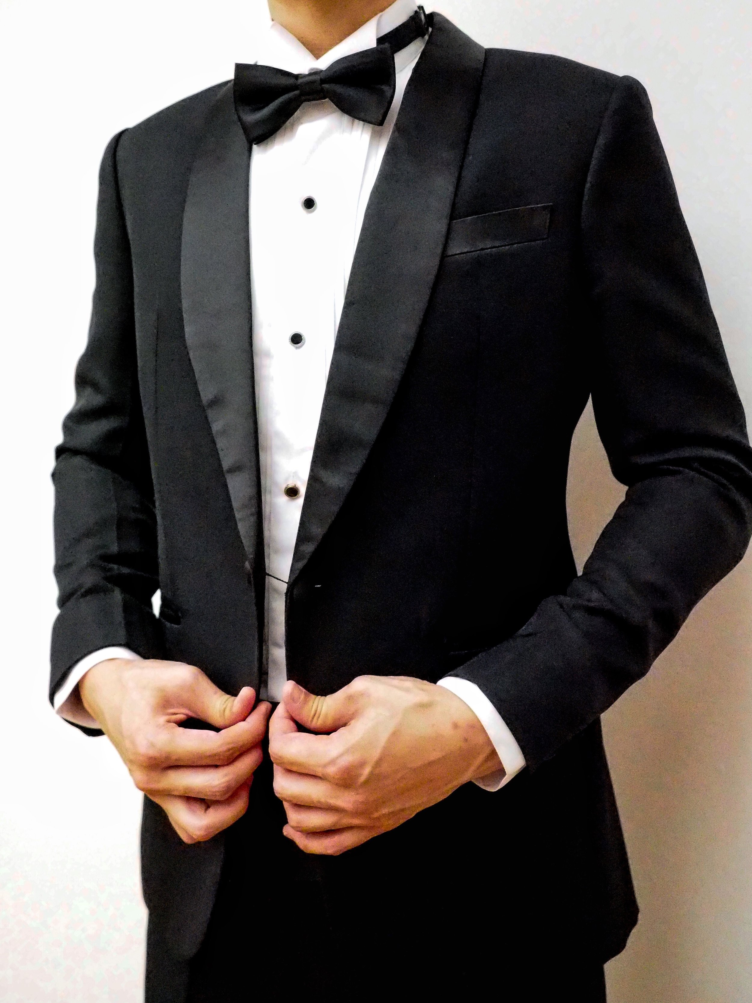 Classic black tux by CCM Wedding