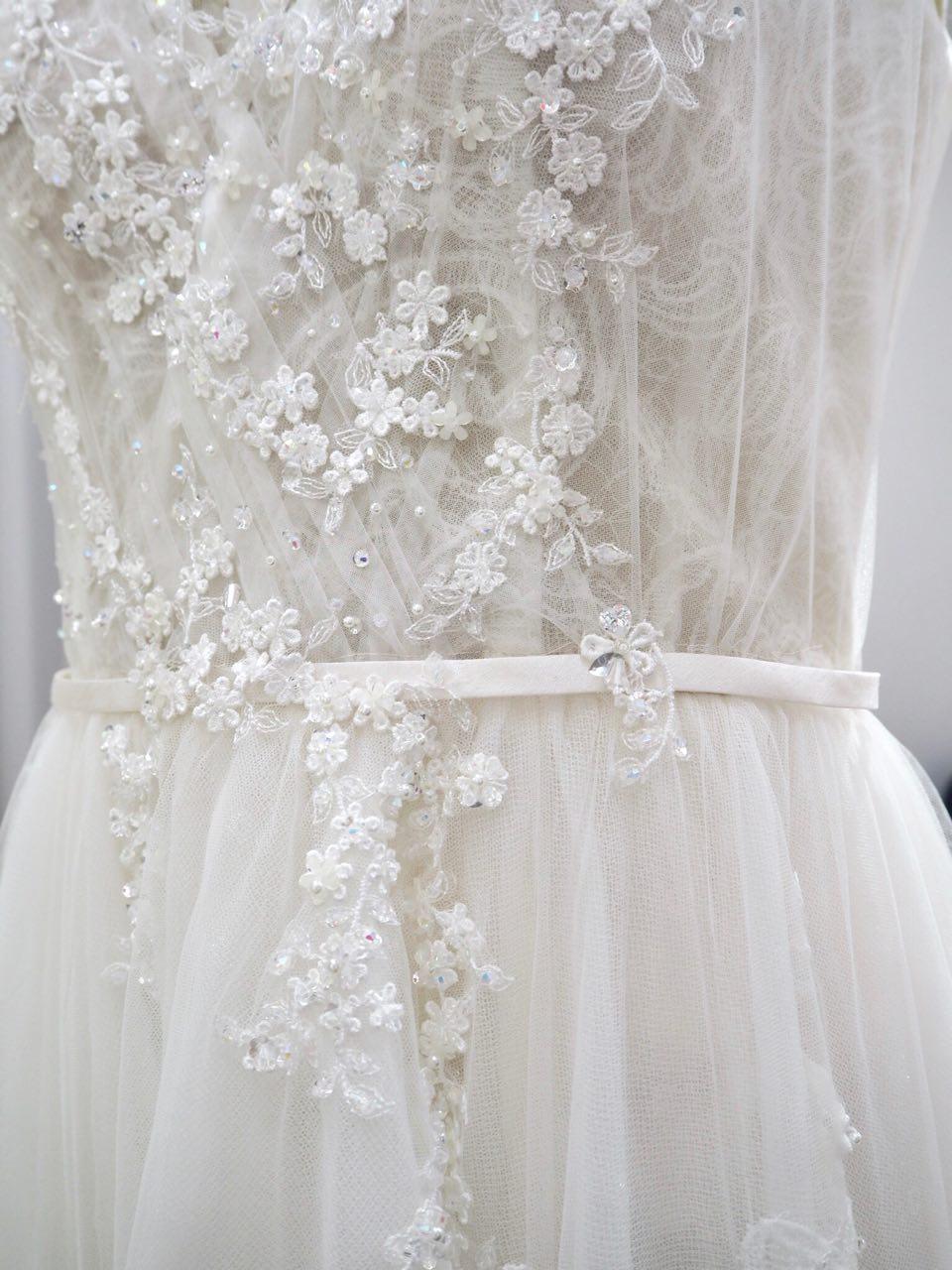 floral+lace+tulle+pleat+wrap+wedding+dress+ccm.jpg