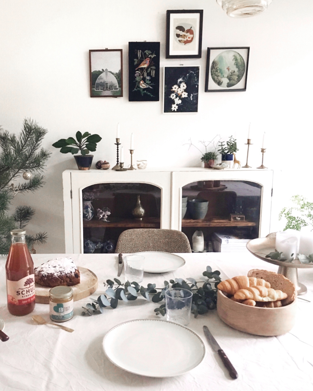 a-simple-christmas-inspire-styling-1-2.jpg