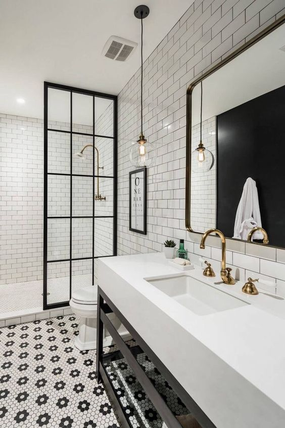 monochrome bathroom 2.jpg
