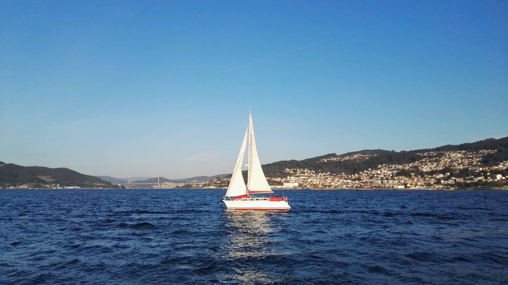 paseo-en-velero-Vigo.jpg