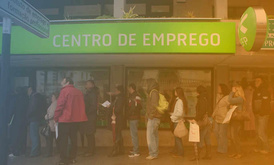 unemployement-benefit-right-portugal-job.jpg