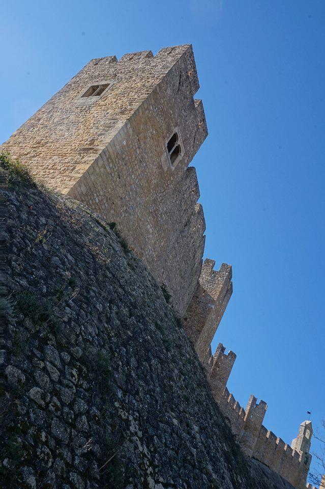 Les murailles du Château du Couvent du Christ de Tomar