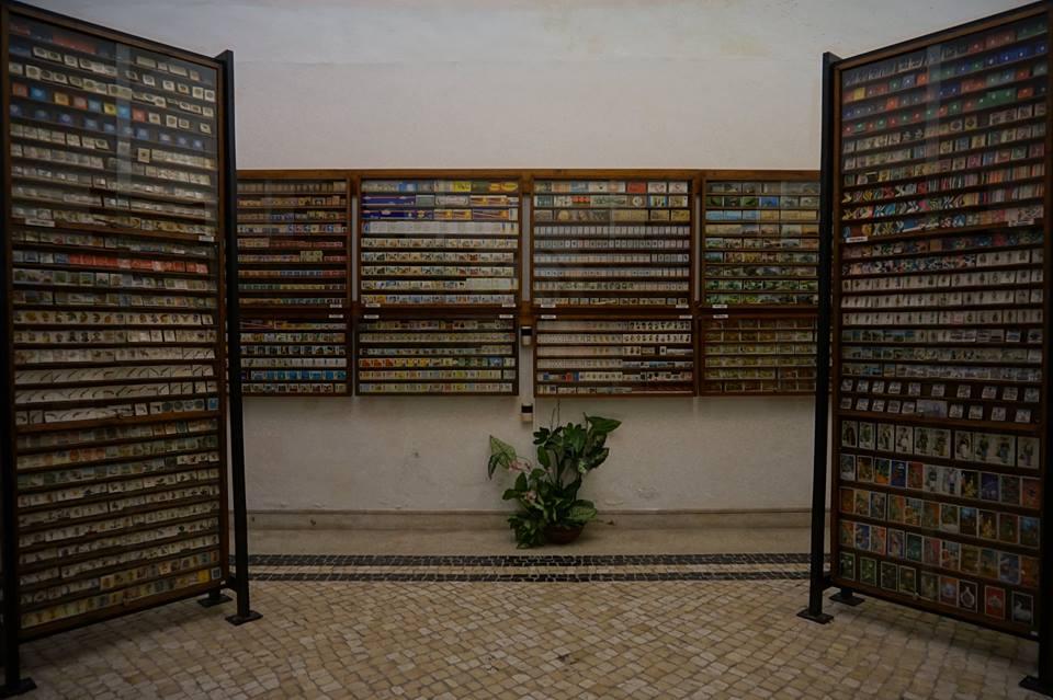 Une impressionnante collection privée de boites d'allumettes