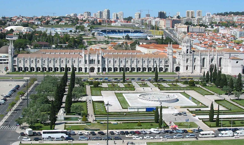 The Jeronimos Monastery (Mosteiro dos Jerónimos) is one of the only remained building from before the earthquake