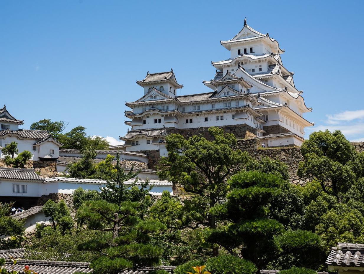 Himeji-Castle.jpg