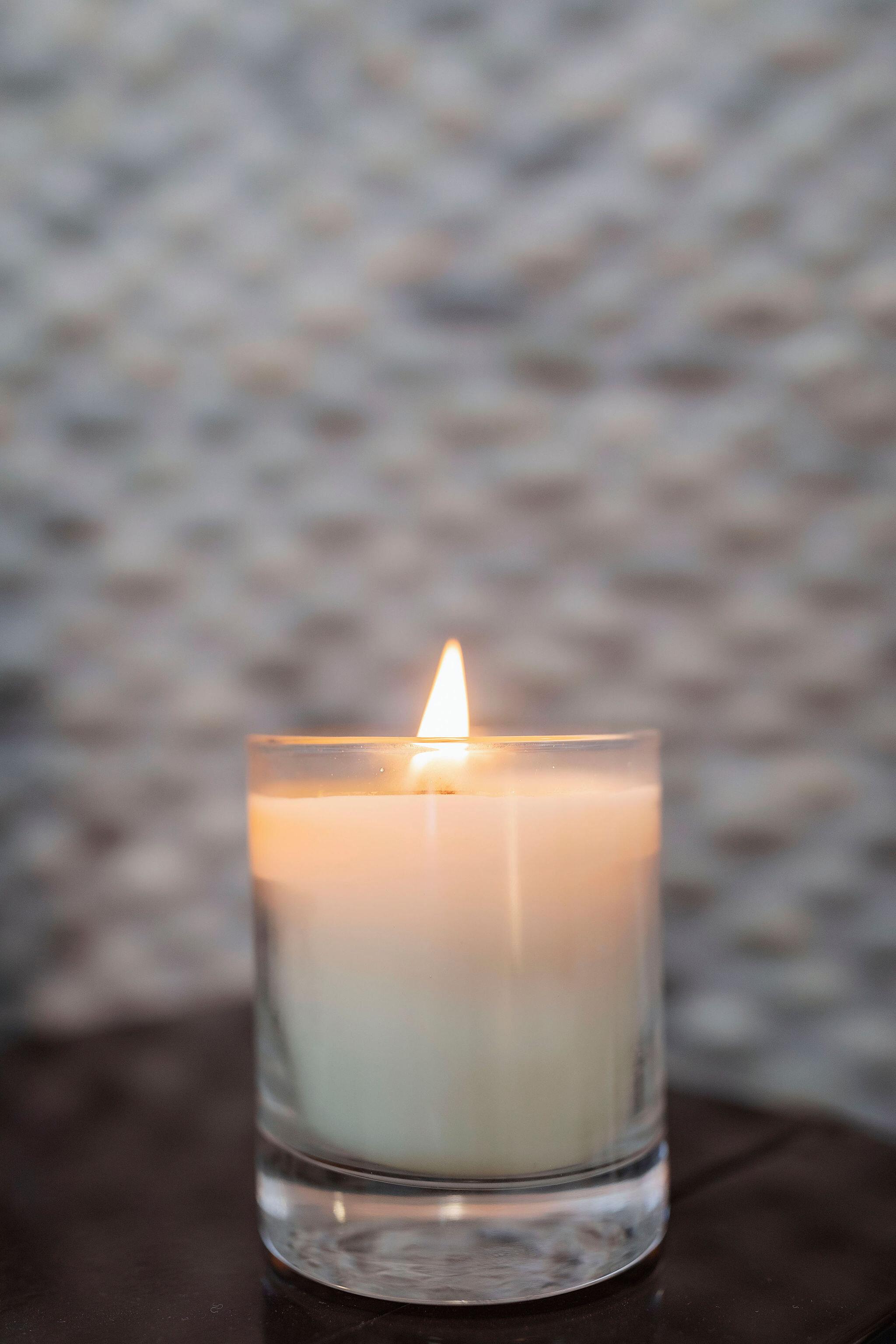 candleh2h.jpg