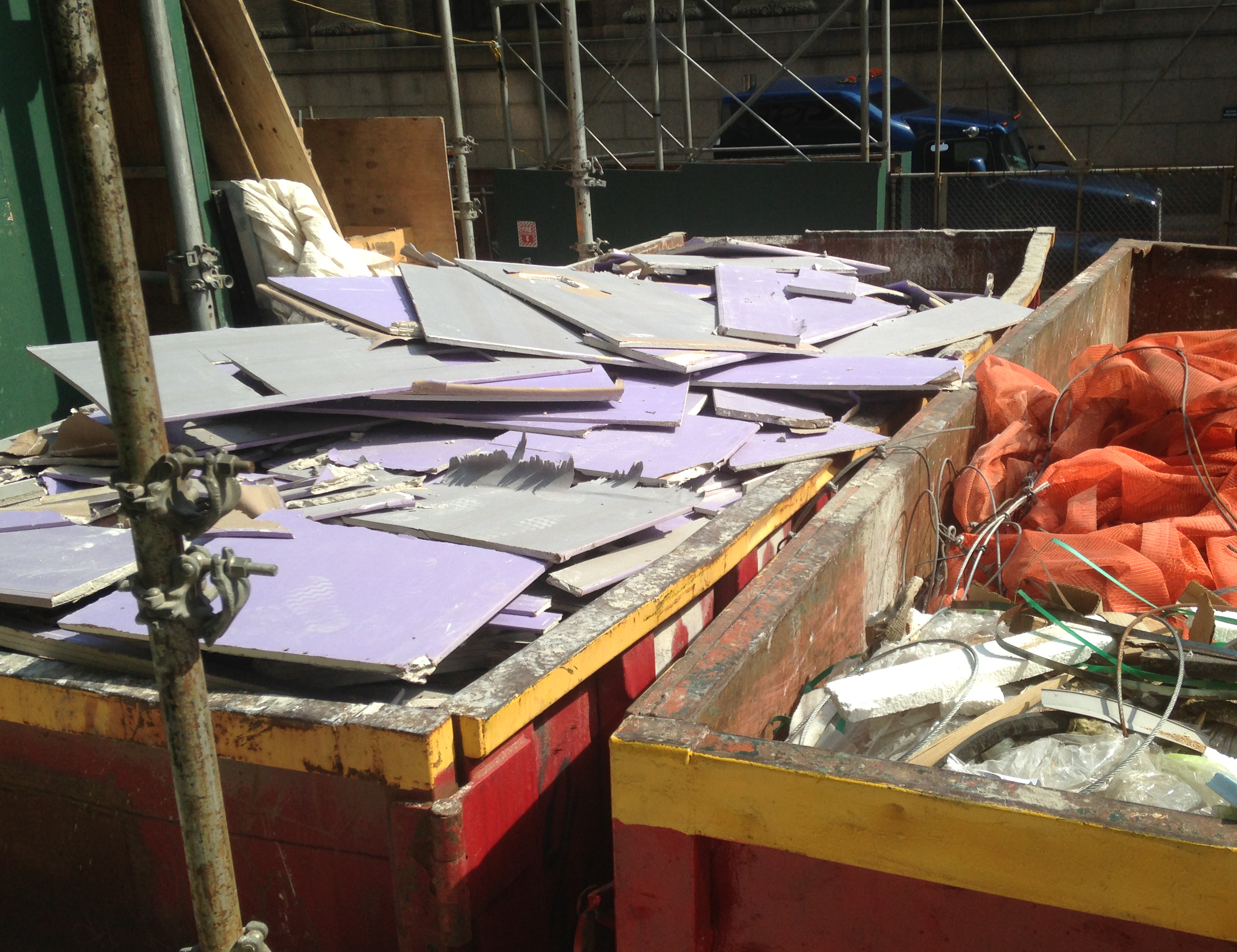 Maximize reuse - Source separating gypsum debris minimizes construction & demolition debris cross-contamination, and generation of non-recyclable fines.