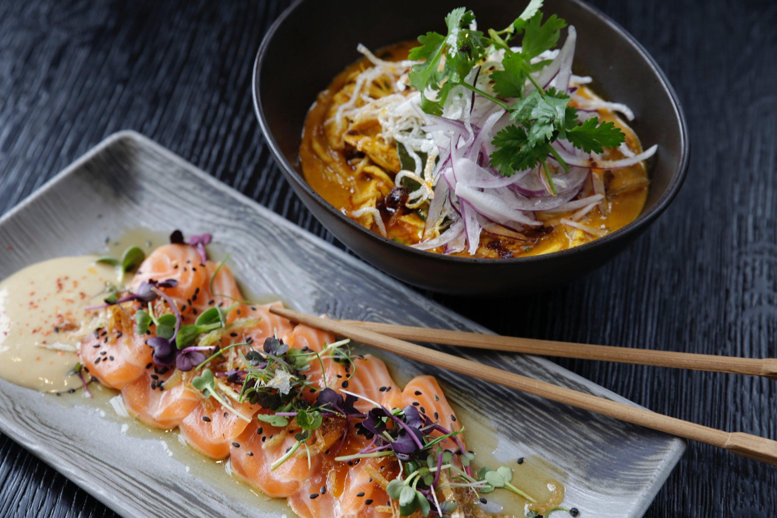 asian-food-bowl-chopsticks-628776.jpg