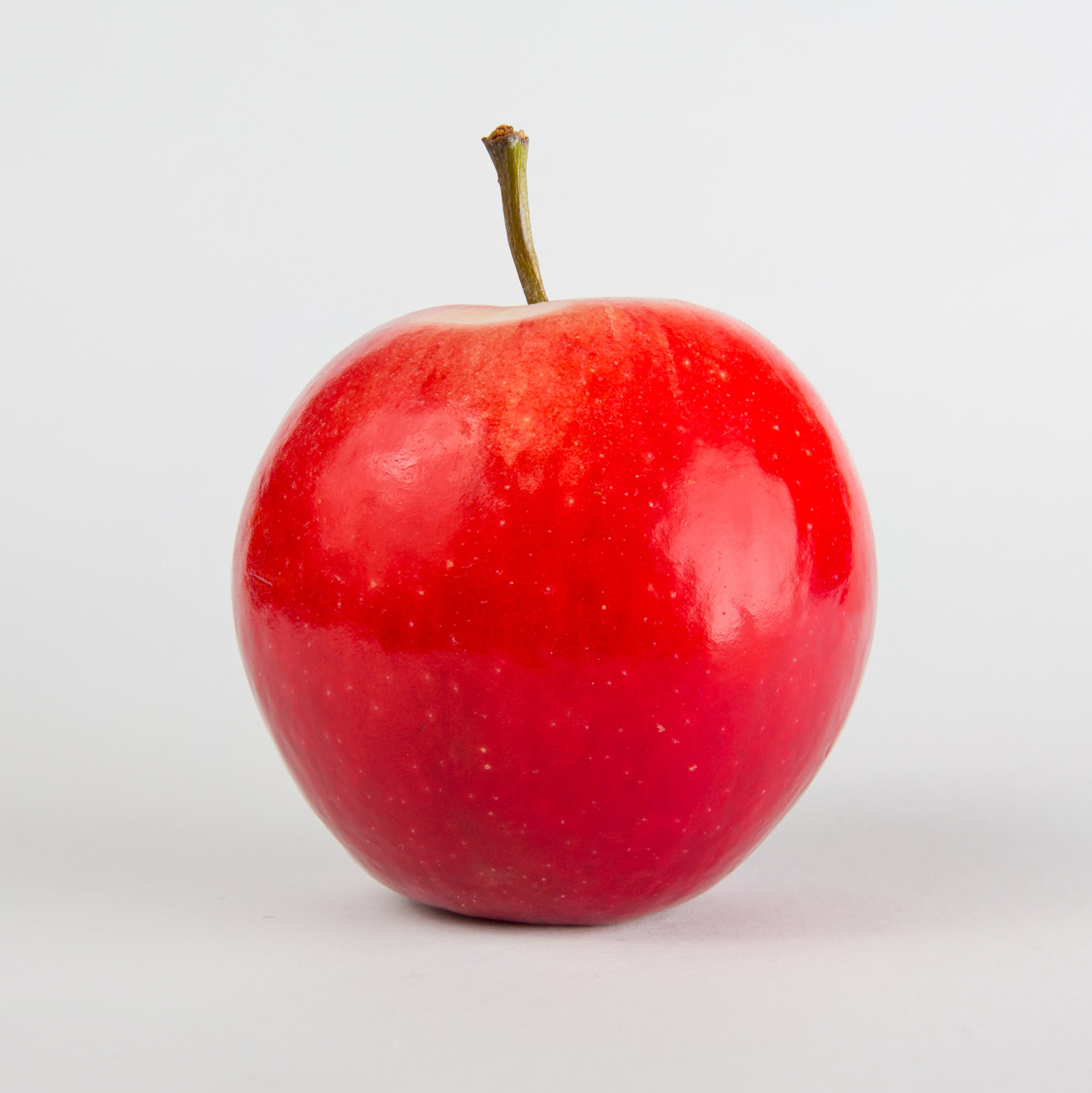 H3006 , a bold coloured apple with a complex flavour.