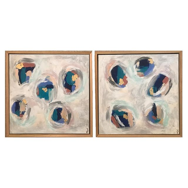 Lots of small abstract pairs available at Gumtree this weekend! Come to the BancorpSouth center this Friday (5-7) and Saturday (9-7:30)! #abstract #abstractpainting #abstractart #contemporarypainting #contemporaryart #abstraction #painting #paintings #art #instaart