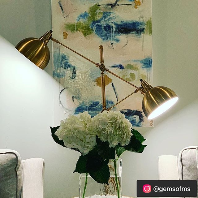 So great to see posts from clients like this 🥰 ——————  @maggieclarkartwork has the most beautiful paintings for any spot in your home. Flowers from Kroger in Madison @krogerco. I love this vase from @everydaygardener I go there every year for Mother's Day because they are so helpful and have timeless pieces