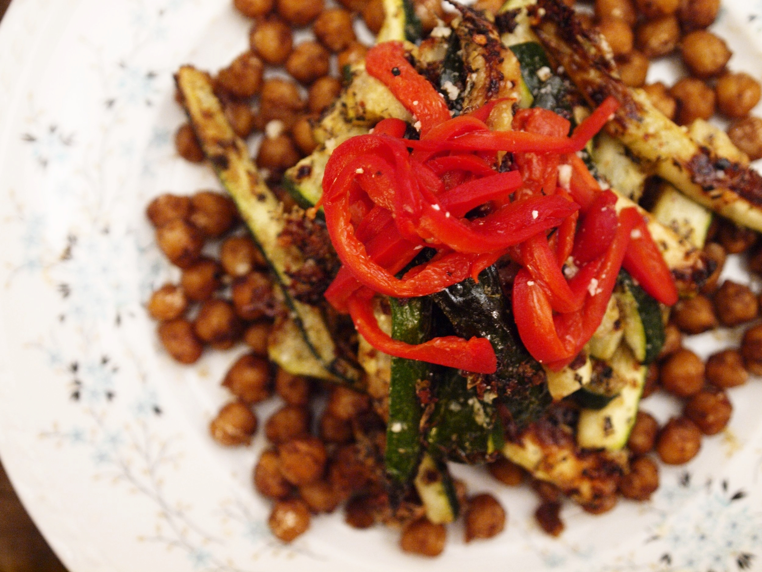 crisp chickpea salad with marinated red pepper and zucchini