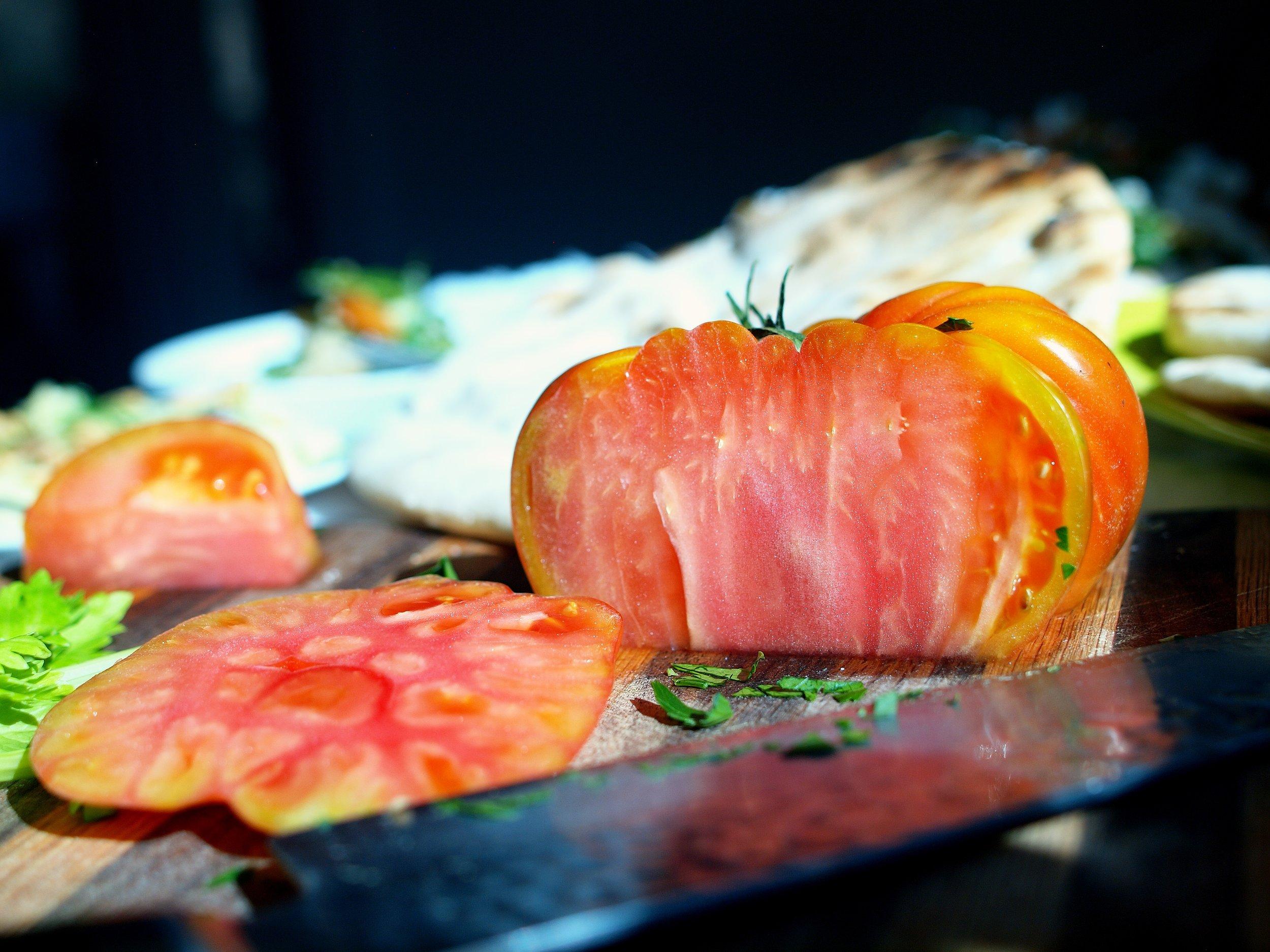 Chopping_Tomato.jpg