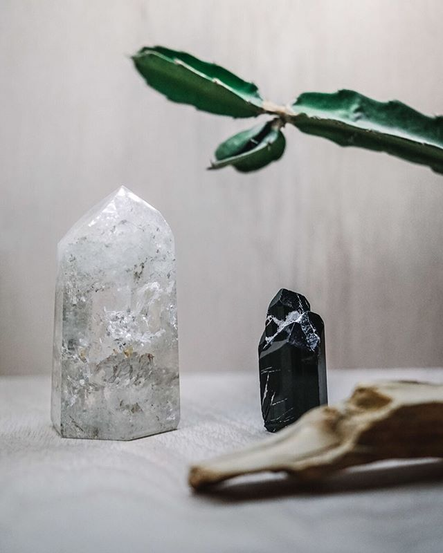 """Remember that endings are hard, but everything is cyclical: A culmination always occurs on the edge of a beginning."" ⠀⠀⠀⠀⠀⠀⠀⠀⠀ Light and dark. Two necessary sides of the same story. ⠀⠀⠀⠀⠀⠀⠀⠀⠀ #balance #yinyang #beginningandending #lightanddark #totalsolareclipse  #crystalsforsale #girlswithcrystals #minerals #mineralien #stoneenergy #crystalvibes #crystallove #geologyrocks #earthscience #myothminerals #ĀRA #theĀRA #ĀRAbyMYŌTH #defineyourĀRA #conscioustime #consciousspace #elevatedspace #elevateyourspace #elevateyourbeing #meditativemoments #mindspace #dailypractice #dailyritual #worldofmyoth"