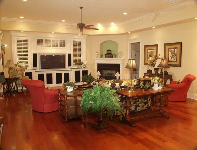 crescent manor family room (3).jpg