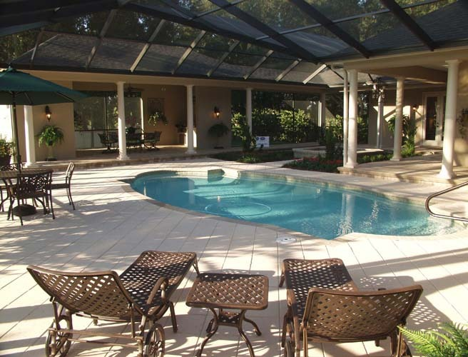 crescent manor pool (17).jpg